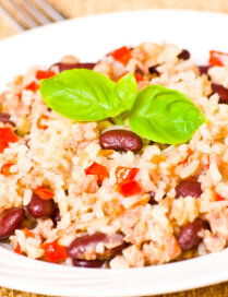 Rīsu sacepums ar pupiņām
