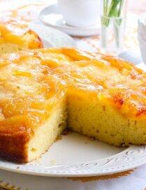 Saldākiem svētdienas vēderpriekiem – debešķīgas apgāzto kūku receptes