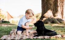 Britu karaļnams publisko unikālus mazā prinča foto