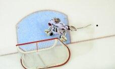 Laviņa rekordspēlē Latvijas hokejisti piekāpjas Znarokam un Krievijas izlasei