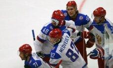 Krievijas izlase pret Slovēniju ātri iegūst pārsvaru un līdzīgā turpinājumā to nosargā