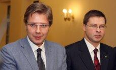 Latvieši visaugstāk vērtē Dombrovska, krievi - Ušakova darbu, vēsta laikraksts