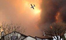 Meža ugunsgrēka dēļ no pilsētas Kanādā evakuēti 80 tūkstoši iedzīvotāju