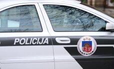 Pēcpusdienā Rīgā avarējis autobuss un vieglā automašīna; cietušo nav