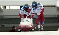 Melbārdis/Dreiškens uzvar Eiropas kausa posmā bobslejā divniekiem