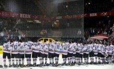 Aprīlis: Latvijas hokejistiem vēsturisks panākums pret Zviedriju