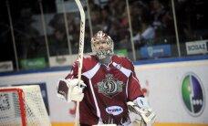 Rīgas 'Dinamo' uzņem šogad bez uzvarām spēlējošo 'Spartak' komandu