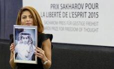 'Delfi' no Strasbūras: Blogera Badavi vārdā Saharova balvu pieņem viņa sieva