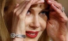 Pasauli pārsteidz Kidmenas sapampusī seja