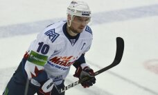 Par KHL nedēļas labākajiem atzīti Kovāržs, Deņisovs un Mozjakins