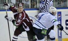 Rīgas 'Dinamo' hokejisti Maskavā tiekas ar Znaroku, Vītoliņu un Karsumu
