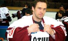 Suņa uzbrukums Artūram Irbem novērtēts kā viens no NHL dīvainākajiem ar hokeju nesaistītajiem savainojumiem