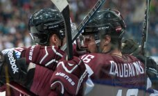 Latvijas hokeja izlase par vietu pasaules čempionāta ceturtdaļfinālā cīnīsies ar Šveici