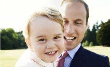 Publiskots īpaši burvīgs mazā britu prinča foto