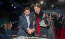 Foto: Ikauniece-Admidiņa pikantā kleitā un citi atlēti 'Latvijas Gada balvā sportā 2015'