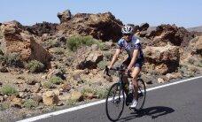 Rastorgujevs jaunajai biatlona sezonai gatavojas uz velosipēda