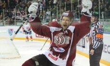 Video: Skvorcovs gūst divus vārtus; Rīgas 'Dinamo' izmoka uzvaru pār pastarīti