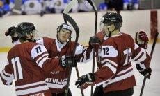 Latvijas U-20 hokejisti PČ tiekas ar mājinieci Itāliju