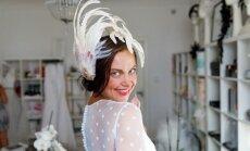 Krāšņi foto: Evija Skulte pozē kāzu kleitās