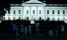 Baltais nams: visas valstis spiego