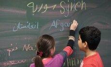 'Delfi' Berlīnē: Kāpēc Vācijas izglītības sistēma bēgļu bērniem nestrādā