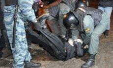 Krievijā protesta akcijās simtiem aizturēto