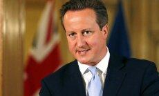 Kamerons noraida aicinājumus Lielbritānijai uzņemt vēl vairāk bēgļu