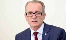 Ринкевич, Расначс и Шадурскис встревожены идеей сократить число чиновников на 6%