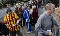 Foto: Kataloņi atdod simbolisku balsi par reģiona neatkarību