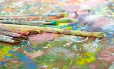 Mākslas terapeite: raizes un niknumu var izpaust dažādi