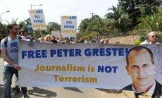 Austrālijas valdība pauž šoku par Pēterim Grestem Ēģiptē piespriesto sodu