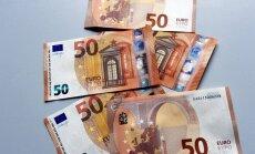 Latvijas Banka par 600 tūkstošiem eiro pa gaisu pārvadās naudu