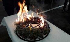 Bez uzraudzības atstātu sveču izraisītā ugunsgrēkā cietuši trīs cilvēki