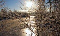 Otrdiena būs saulaina, rīta stundas šķitīs īpaši aukstas