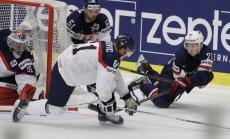 Video: ASV izlase 'izsēj' trīs vārtu pārsvaru un Slovākiju uzvar pagarinājumā