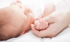 Viņķele: Jaundzimušo skaita samazinājums varētu būt skaidrojams ar vecāku nedrošības sajūtu