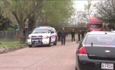 Hjūstonā dažu dienu laikā trīs bērni tiek pie ieročiem; divi mirst