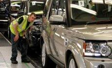 'Brexit' sekas: Lielbritānijas lielākais auto ražotājs samazinās darbinieku skaitu