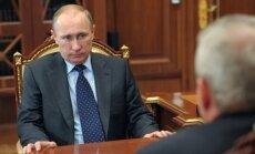 Baltais nams Putinu vaino Malaizijas lidmašīnas notriekšanā