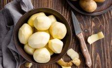 Viltīgs latgaliešu knifs, kā no kartupeļiem pagatavot 'rīsus' zupas aizdaram