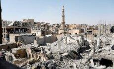 Kurdu un arābu alianse atkarojusi 'Daesh' Rakas vecpilsētu