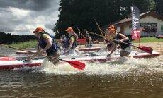 Sacensības, aktivitātes un koncerts ūdenī: Vaidavas ezera pludmalē notiks 'SUP fests'