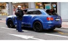 Foto: 'Bentley' ar Latvijas numurzīmēm Monako saņem sodu