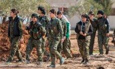 Sīrijas opozīcijas līderis nepiedalīsies miera sarunās, kurās nebūs kurdu