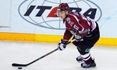 Rīgas 'Dinamo' hokejisti asumiem bagātā pārbaudes spēlē zaudē 'Torpedo'