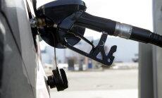 Degvielas tirgotāji apiet noteikumus un vasarā tirgo arktisko degvielu