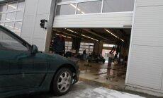 Ekskluzīvo automašīnu kontrabandas shēma: CSDD noliedz darbinieku līdzdalību