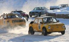 Foto: Autosporta entuziasti bauda ziemu folkreisā Brenguļu trasē