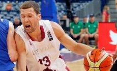 Strēlnieks rezultatīvi palīdz 'Olympiakos' izcīnīt graujošu uzvaru Grieķijas čempionāta spēlē