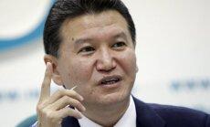 Krievijas miljonārs Iļumžinovs saglabājis FIDE prezidenta amatu